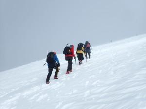 Ascending the Cas ridge